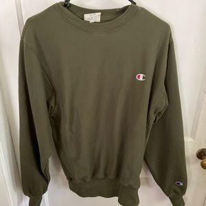Champion green sweatshirt, small